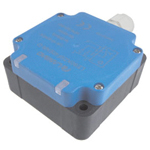 Proximity sensor standard function type, square shape/direct-current 3 wire type.Test distances: 40 mm and 50 mm