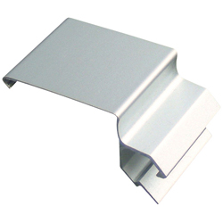 Gap-Concealing Bracket for Rect 30 Type